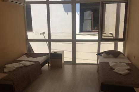 Сдается 1-комнатная квартира посуточно в Адлере, Верхне-Имеретинская Бухта, улица Ружейная, 39.