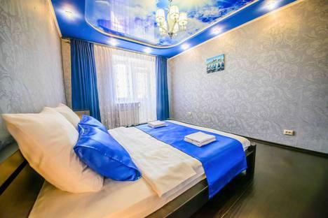 Сдается 2-комнатная квартира посуточно в Сургуте, Университетская улица, 29.