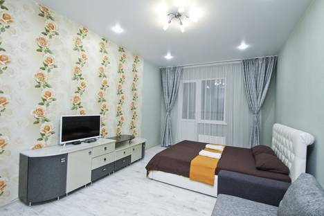 Сдается 1-комнатная квартира посуточно, ул. Александра Усольцева, 30.