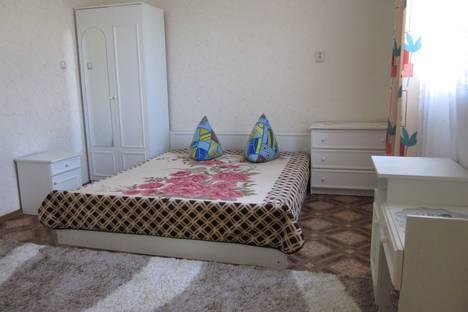 Сдается 1-комнатная квартира посуточно в Судаке, Бирюзова 10.