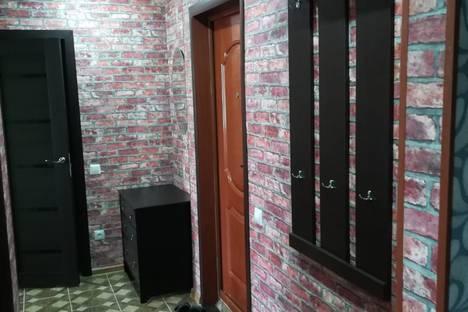Сдается 2-комнатная квартира посуточно в Белокурихе, улица Мясникова, 18.