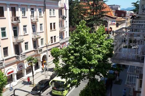 Сдается 1-комнатная квартира посуточно, Batumi, Zurab Gorgiladze Street.