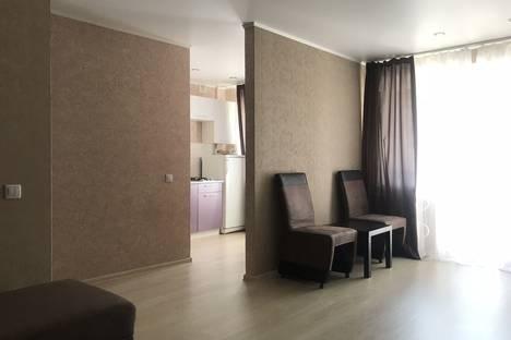 Сдается 2-комнатная квартира посуточно в Челябинске, улица Калинина, 6.