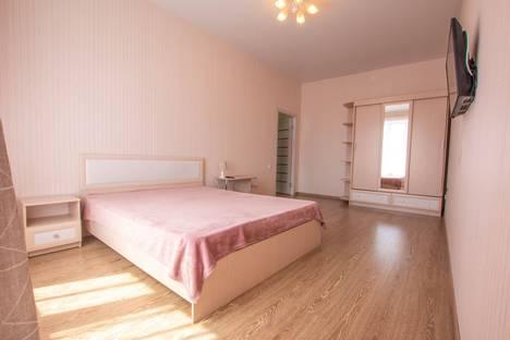 Сдается 1-комнатная квартира посуточно, улица Петра Ломако 2.