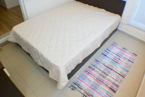 Сдается 1-комнатная квартира посуточно в Адлере, Нижнеимеретинская Бухта, улица Шкиперская, 9.