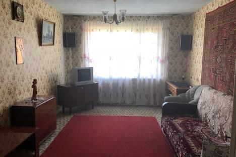Сдается 3-комнатная квартира посуточно в Волгограде, улица Менжинского, 24.