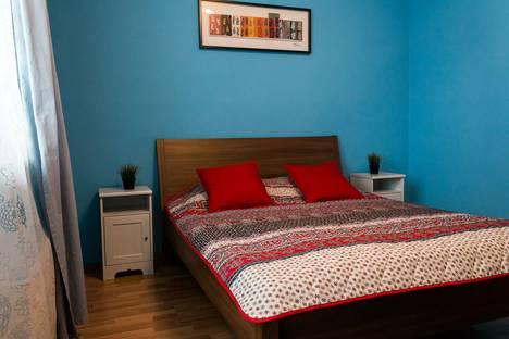 Сдается 2-комнатная квартира посуточно в Екатеринбурге, улица Малышева, 4Б.