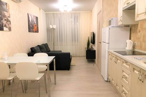 Сдается 2-комнатная квартира посуточно в Красногорске, ул. Авангардная, д.8.
