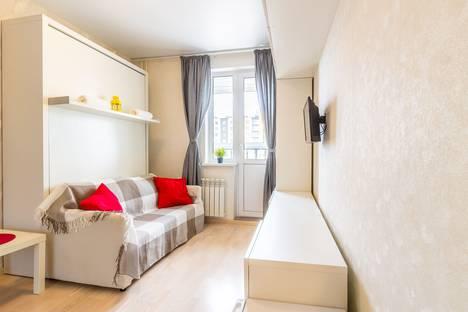 Сдается 1-комнатная квартира посуточно в Нижнем Новгороде, улица Бурнаковская, 93.