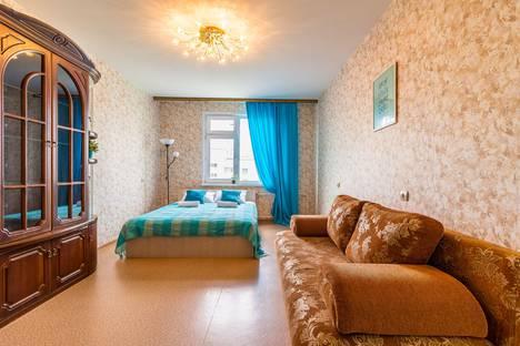 Сдается 1-комнатная квартира посуточно, улица Бурнаковская, 55.