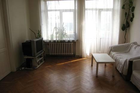 Сдается 4-комнатная квартира посуточно в Москве, Ленинский проспект, 13.