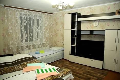 Сдается 1-комнатная квартира посуточно в Казани, улица Айдарова, 7.