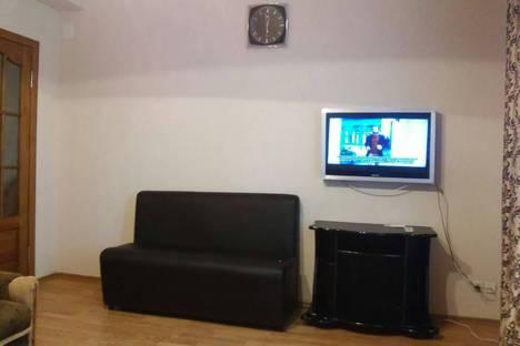 Сдается 2-комнатная квартира посуточно в Донецке, Донецьк, бульвар Пушкіна, 28.