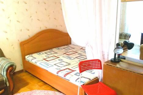 Сдается 1-комнатная квартира посуточно в Ижевске, Красногеройская улица, 38a.