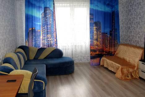 Сдается 2-комнатная квартира посуточно в Ханты-Мансийске, улица Строителей, 104.