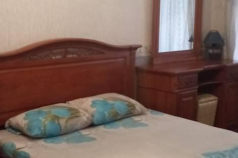 Сдается 3-комнатная квартира посуточно в Баку, Baku, Nizami Street, 249.