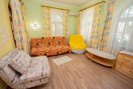 Сдается 3-комнатная квартира посуточно в Отрадном, Ялта, ул. Отрадная,4.