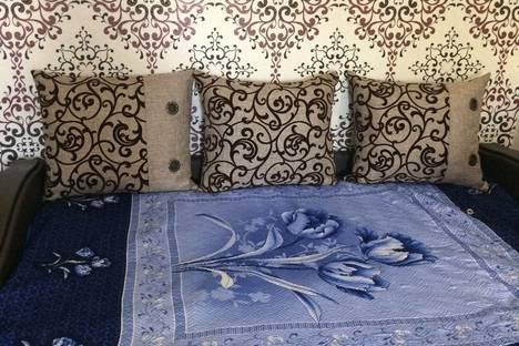 Сдается 2-комнатная квартира посуточно в Белокурихе, улица Братьев Ждановых 17/1.