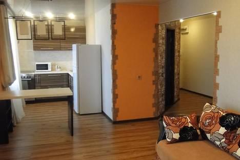 Сдается 2-комнатная квартира посуточно во Владивостоке, улица Станюковича, 39.