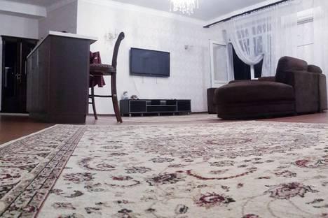 Сдается 2-комнатная квартира посуточно в Алматы, Бостандыкский район улица Абая150/230.