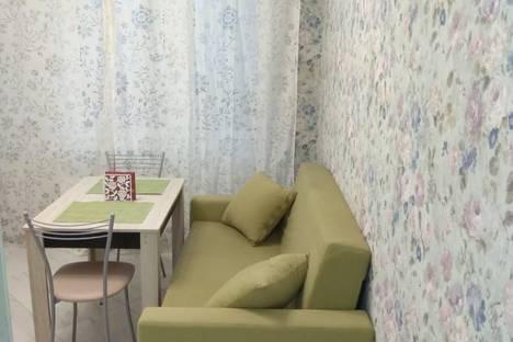 Сдается 1-комнатная квартира посуточно в Новороссийске, Суворовская улица, 77 89284499915.