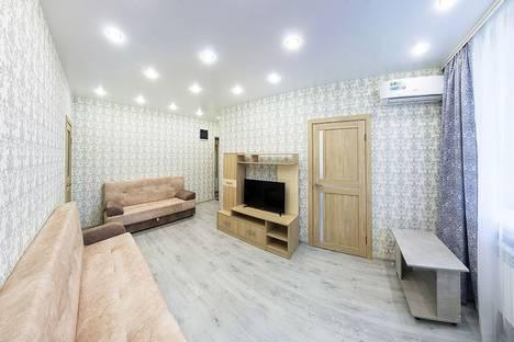 Сдается 2-комнатная квартира посуточно в Новосибирске, проспект Карла Маркса, 9.