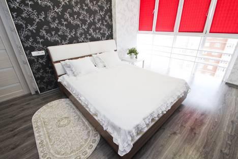 Сдается 1-комнатная квартира посуточно в Сургуте, улица Энтузиастов, 17.