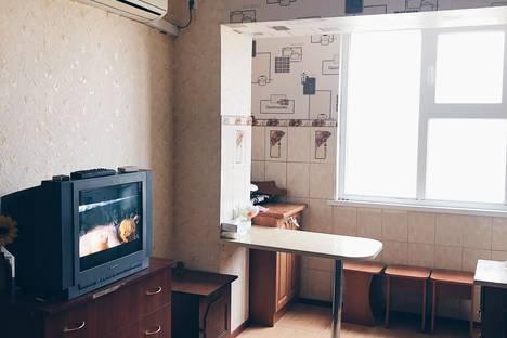 Сдается 1-комнатная квартира посуточно в Новофёдоровке, улица Марченко, 2А.