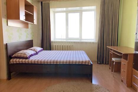Сдается 1-комнатная квартира посуточно в Барнауле, Красноармейский проспект 69б.