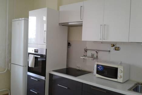 Сдается 1-комнатная квартира посуточно в Новосибирске, Улица Михаила Кулагина, 35.
