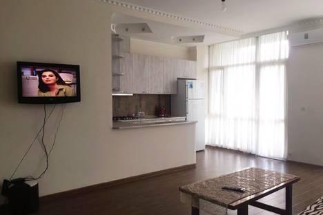 Сдается 3-комнатная квартира посуточно в Батуми, Batumi, Loria Street.