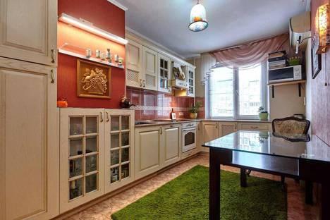 Сдается 3-комнатная квартира посуточно в Краснодаре, улица Красных Партизан, 4/3.