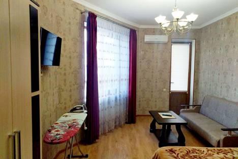 Сдается 1-комнатная квартира посуточно, Северная улица, 3б.