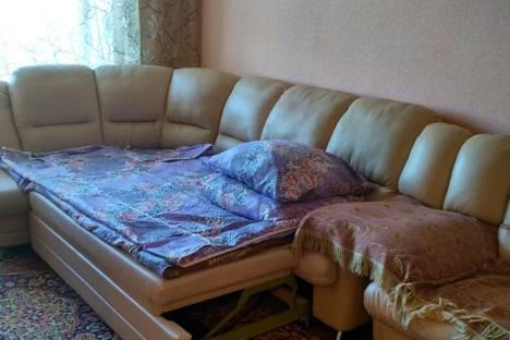 Сдается 1-комнатная квартира посуточно в Яровом, квартал А, 8.
