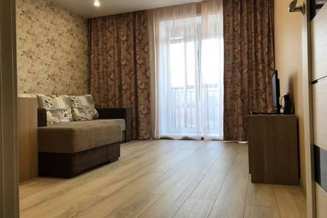 Сдается 1-комнатная квартира посуточно в Новосибирске, улица Лобачевского 73.