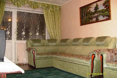 Сдается 3-комнатная квартира посуточно в Яровом, квартал A, 9.