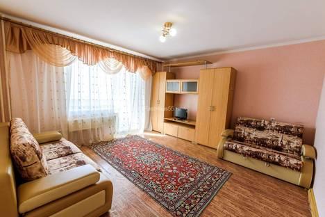 Сдается 1-комнатная квартира посуточно в Омске, улица Ватутина, 24/1.