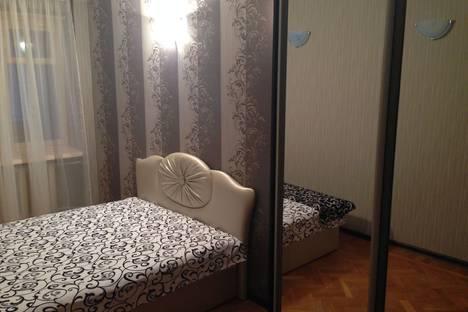 Сдается 3-комнатная квартира посуточно в Ялте, Крым, Ялтинский горсовет, ул. Ленинградская, 2.