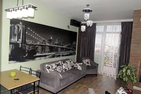 Сдается 3-комнатная квартира посуточно в Батуми, Batumi, Pirosmani Street, 18.