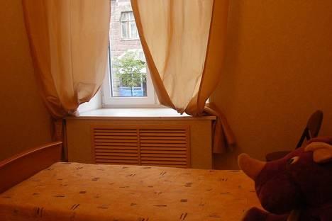Сдается 2-комнатная квартира посуточнов Санкт-Петербурге, Чернышевского, 5.