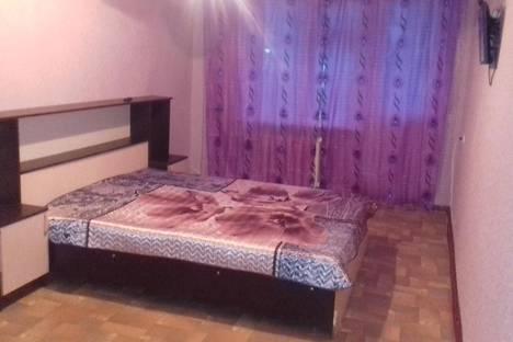 Сдается 1-комнатная квартира посуточно в Саратове, Московская д. 159.