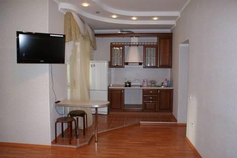 Сдается 2-комнатная квартира посуточнов Казани, ул.Чистопольская д.32.