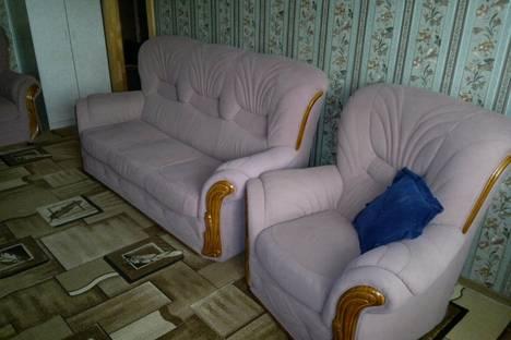 Сдается 2-комнатная квартира посуточно в Хабаровске, Дикопольцева 64.