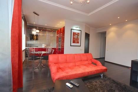 Сдается 2-комнатная квартира посуточнов Санкт-Петербурге, Большая Конюшенная, д. 29.