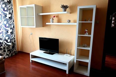 Сдается 1-комнатная квартира посуточно в Коломне, улица Октябрьской Революции, 344.
