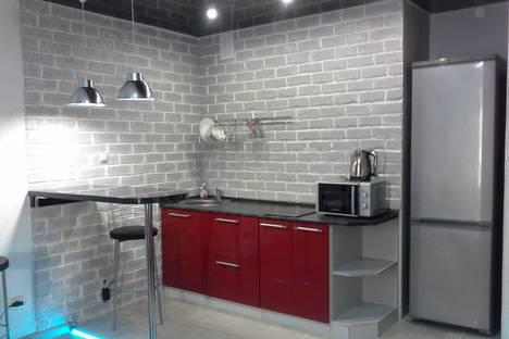 Сдается 1-комнатная квартира посуточно в Чебоксарах, ул Ленинского комсомоло д 25 к 1.
