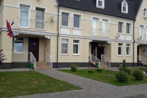 Сдается 1-комнатная квартира посуточно, Моква@троицк@изумрудный Кп, улица Изумрудная 1-я, 12.