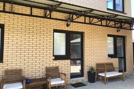 Сдается 2-комнатная квартира посуточно в Витязеве, Красный Курган.