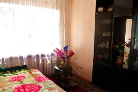 Сдается 1-комнатная квартира посуточно в Туапсе, улица Маршала Жукова, 5.