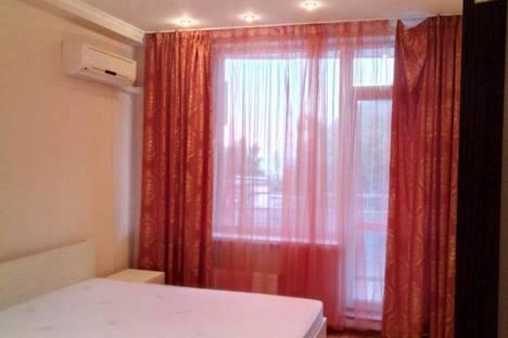 Сдается 2-комнатная квартира посуточнов Партените, ул Прибрежная дом 7.